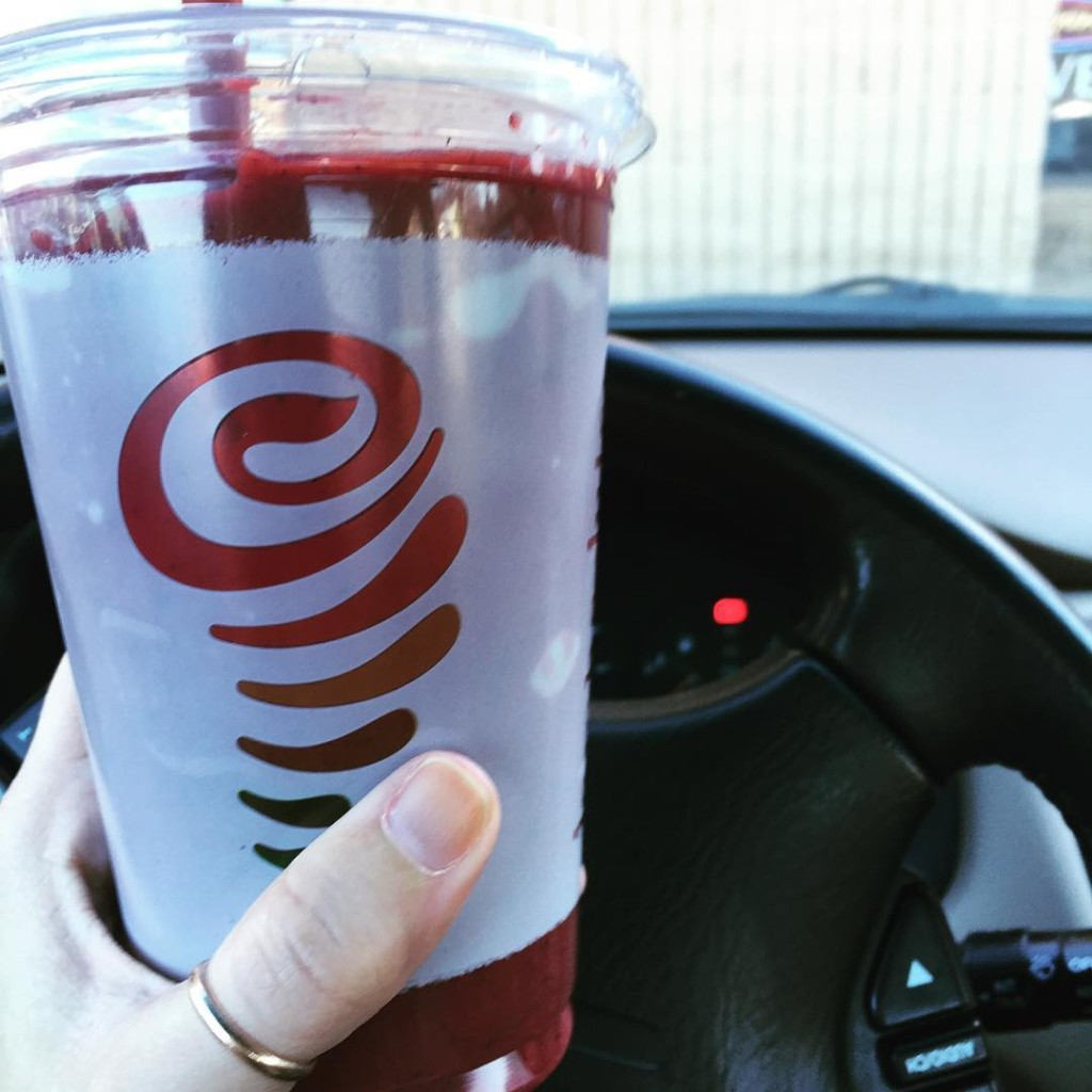 I'm not usually a Jamba Juice person but the baby made me do it! #20weekspregnant #ithasbeets