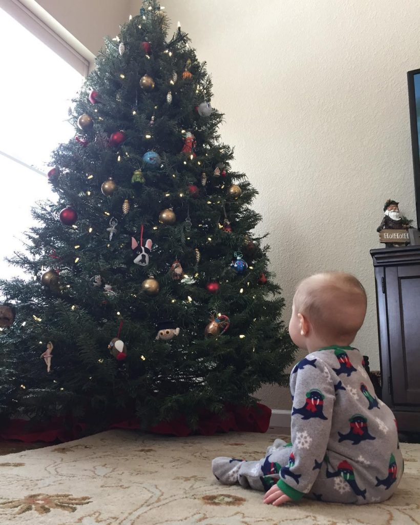 Waiting for Santa #Cannon #cmcn #6monthsold